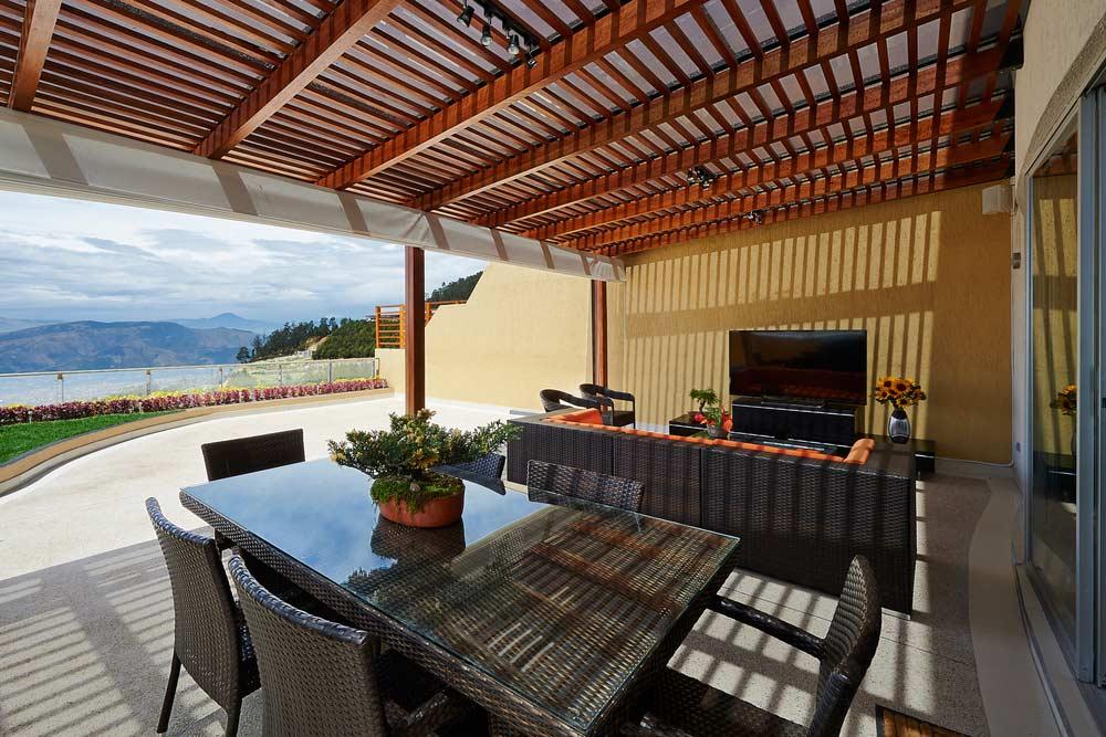 Cerramientos de terrazas malaga habitaci n para todo el - Cerramientos para terrazas ...