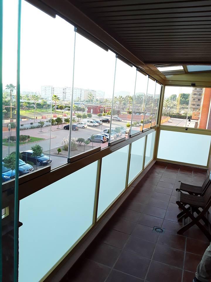 Techo m vil y cortinas de cristal vive tu terraza - Techos de cristal para terrazas ...