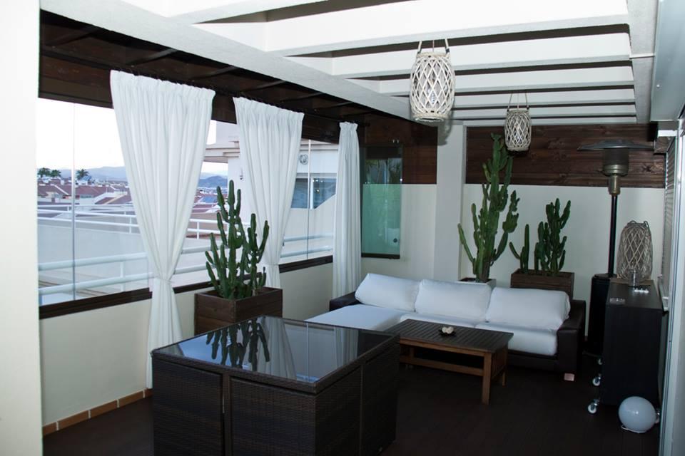 Planeas un cerramiento para tu terraza en marbella for Cerramientos de cristal para terrazas