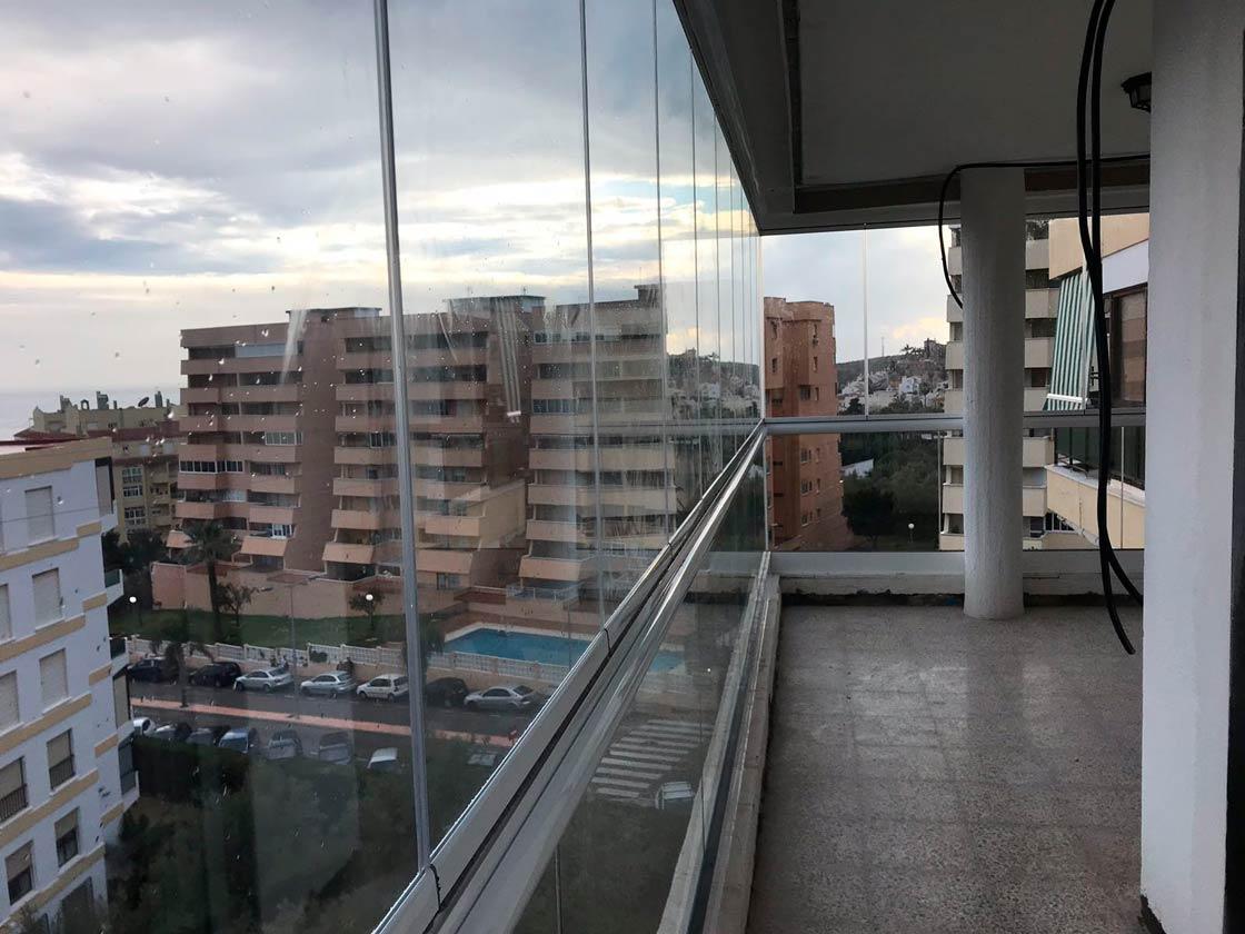 Cortinas cristal Nueva Andalucía