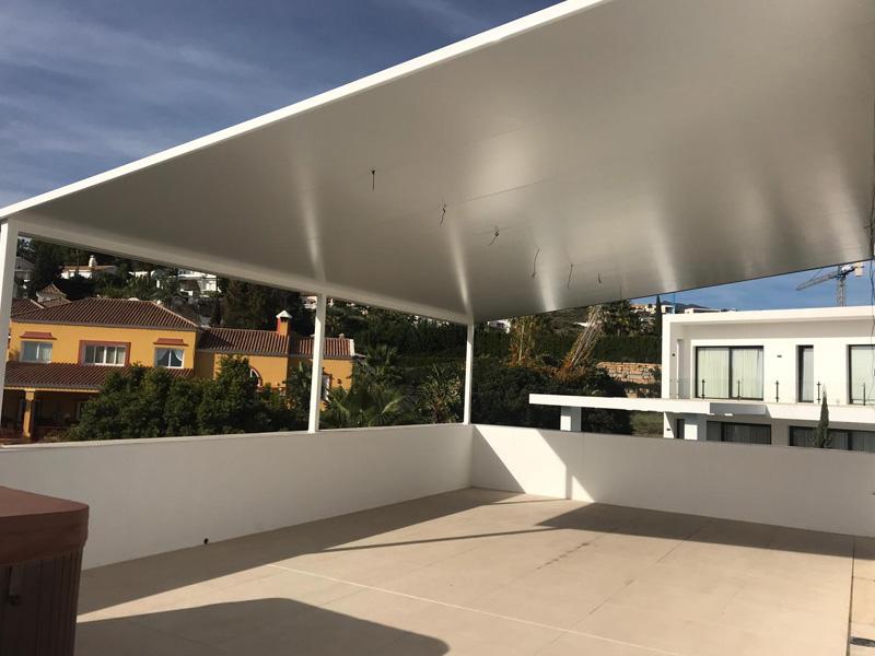 Venta de pérgolas bioclimáticas en Estepona